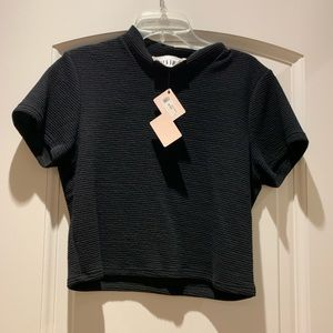 Black ribbed crop top UNWORN TAG STILL ON
